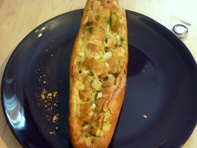 Pain Pesto Mozza 3
