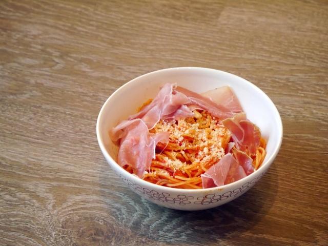 Pâtes sauce tomates parmesan - Espelette et Chocolat