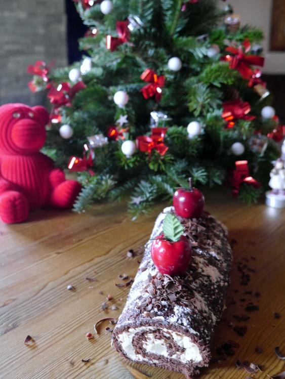 Bûche chocolat, mascarpone, poire, confiture de lait - Espelette et Chocolat - https://espeletteetchocolat.wordpress.com