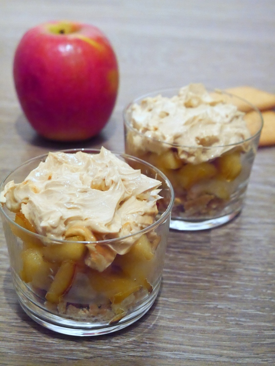 Pommes, Biscuit, Mascarpone, Confiture de lait - Espelette et Chocolat - https://espeletteetchocolat.wordpress.com